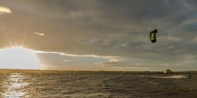 Am Abend vor dem Hochwasser - Kiter in Wackerballig