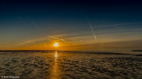 Eidersperrwerk kurz vor Sonnenuntergang